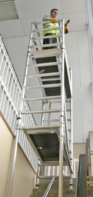 Interlink alloy stair deck aluminium scaffold towers for Stair tower